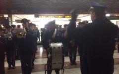 Firenze: 110 anni della Polizia ferroviaria celebrati a Santa Maria Novella dalla banda musicale
