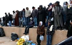 Migranti: la Ue progetta piattaforme regionali di centri di sbarco