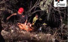 Isola d'Elba: tenta di sfuggire ai controlli, ma cade in un dirupo. Salvato e arrestato