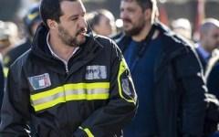 Roma: sindacato Usb Vvf e Saviano attaccano Salvini, indossa abusivamente le divise delle Forze dell'ordine
