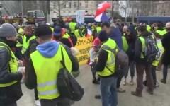 Francia, gilet gialli: partecipazione al minimo, solo poco più di 3.500 in tutto il Paese
