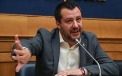 Flat tax: Salvini, per partire bastano 15 miliardi. Critiche da Lezzi (M5S) e Zingaretti (PD)