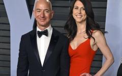 Divorzio record: 38 miliardi. Jeff Bezos (Amazon) li dà alla moglie MacKenzie per lasciarla