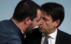 Open arms: nuova lettera di Conte a Salvini, fai sbarcare i minori. Dura replica del ministro