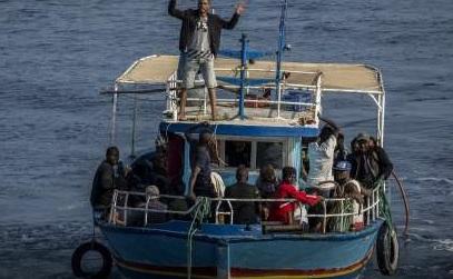 Migranti: Mediterranea, 'governo italiano complice orrore Guardia costiera libica?'