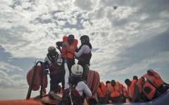 Migranti, la Germania: «Il 25% di quelli che sbarcano in Italia viene da noi»