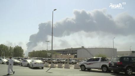 Saudi Aramco (fonti): 'potrebbero volerci mesi per ripristinare offerta' dopo attacco raffinerie