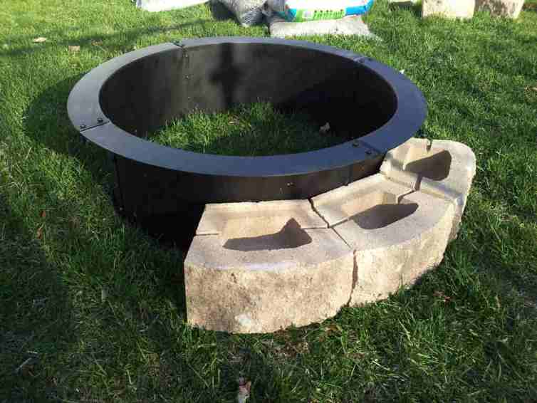 How to build lowes fire pit ring