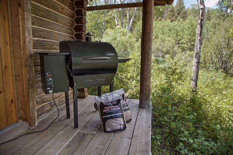 What Users Are Saying About the Camp Chef PG24DLX Deluxe Pellet Grill