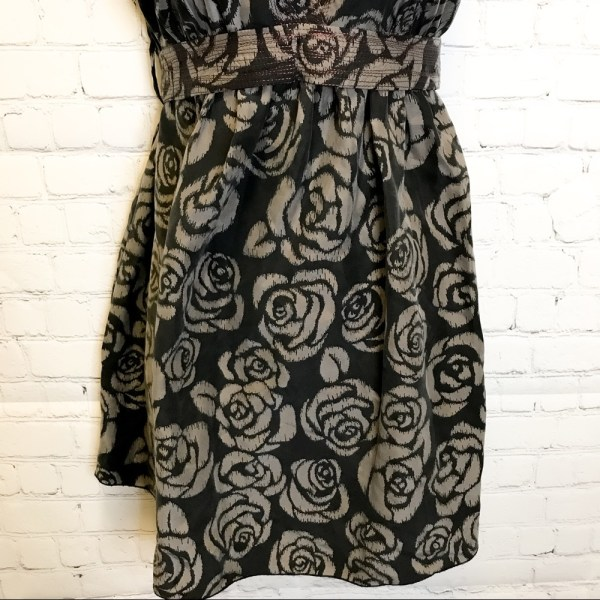 Anthropologie A Common Thread silk floral contrast stitch belted dress size small