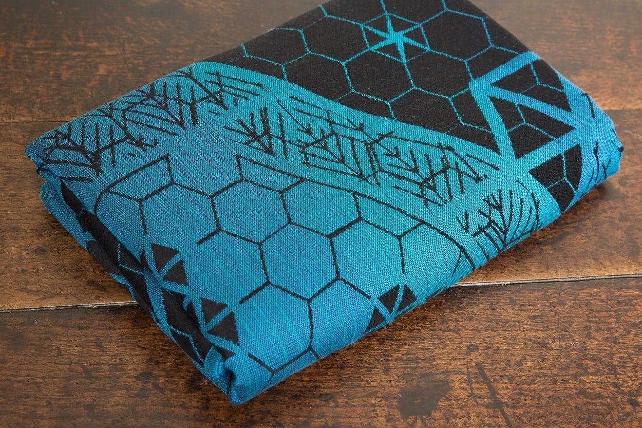8-Bit-Obsidian-Geode-woven-wrap