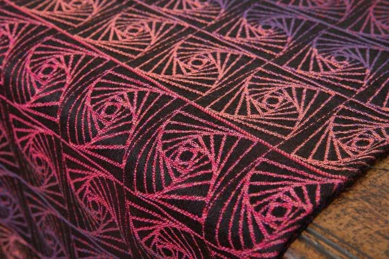 Fantasia-Obsidian-Curves-Of-pursuit-woven-wrap