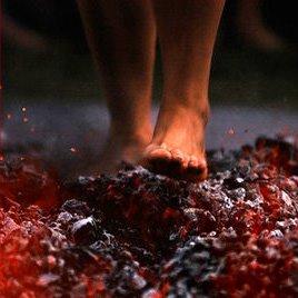 הליכה על גחלים - תמונה מהאינטרנט