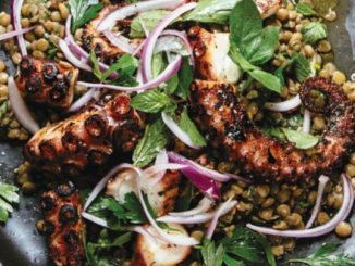 Mercimekli Izgara Ahtapot Salatası