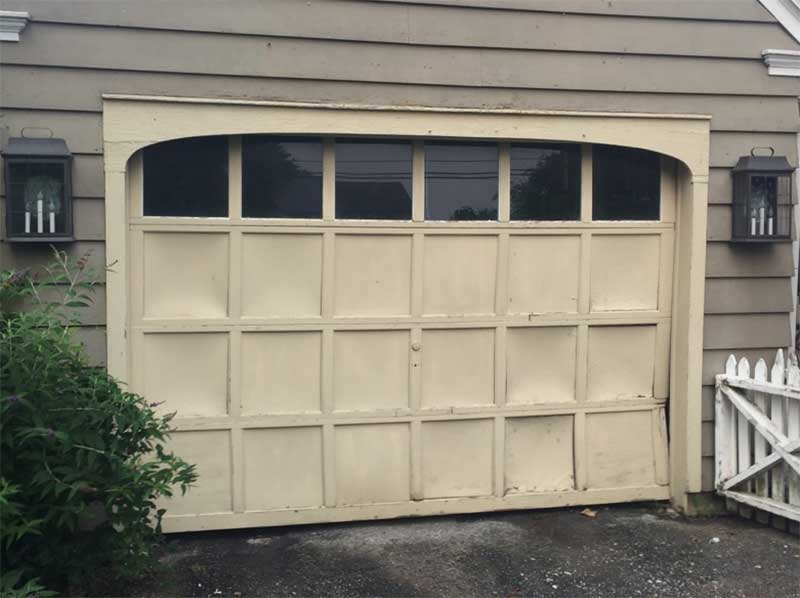 Amarr Oak Summit 2000 Garage Door Before