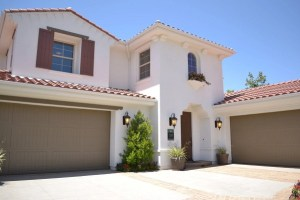 Selecting the Best Garage Door Material For Where You Live