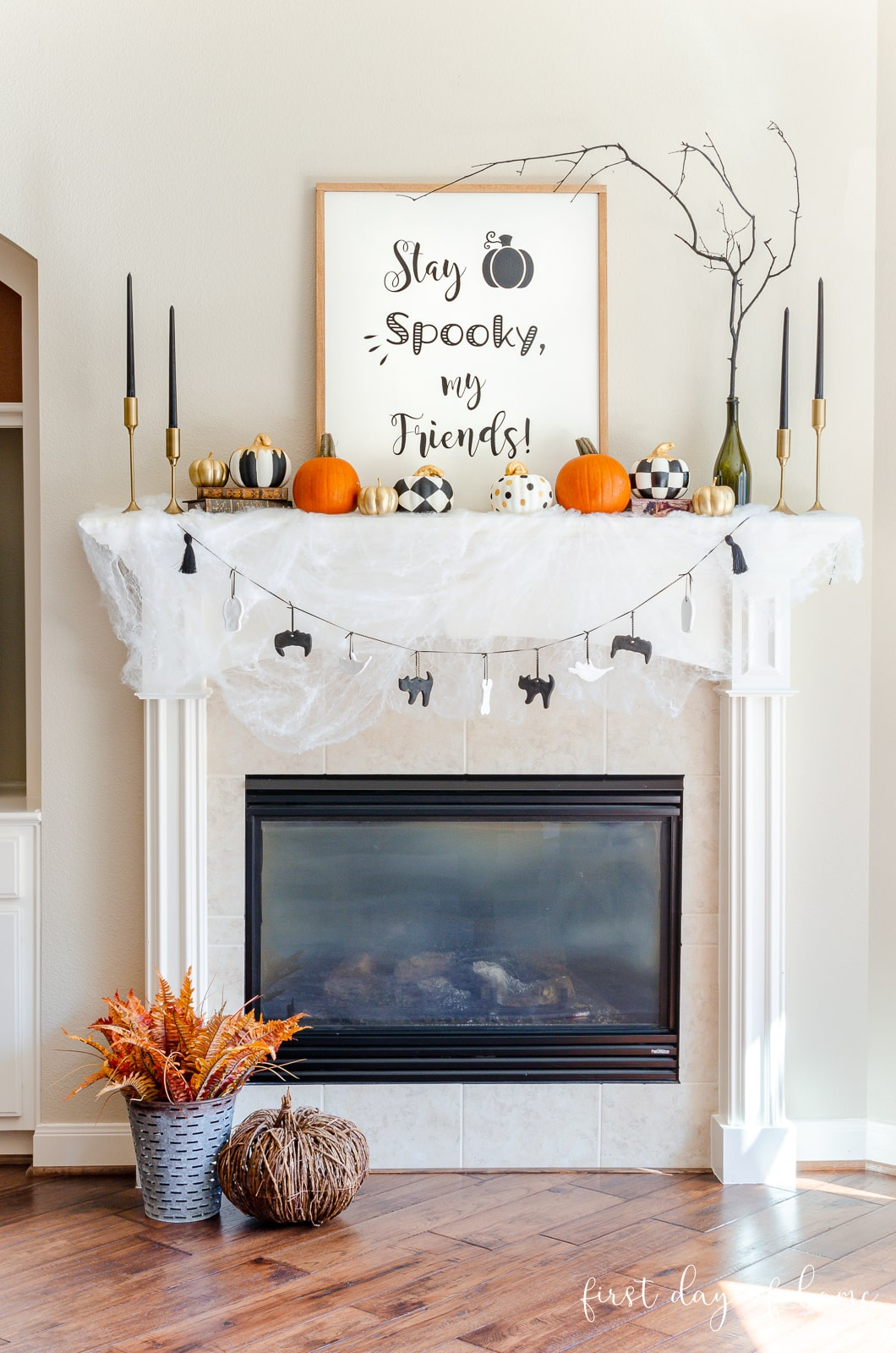 Easy Halloween Mantel Decorations To Make In A Weekend