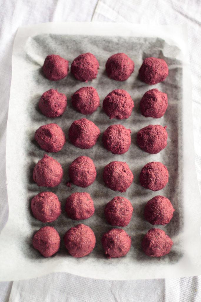 Beetroot falafel balls