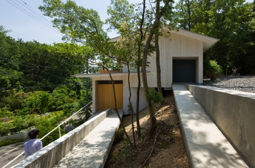 reinforced-concrete-foundation-sloping-house-building4-500x330
