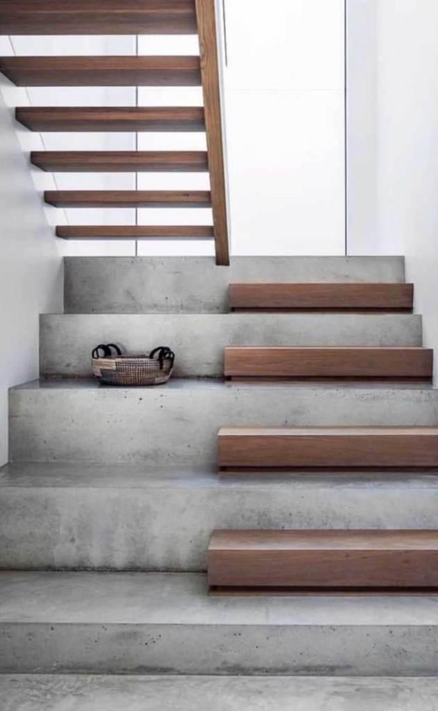 03 Wide Stair Design Ideas