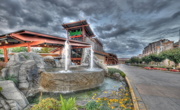 River_Rock_South_side_fountain_HDR
