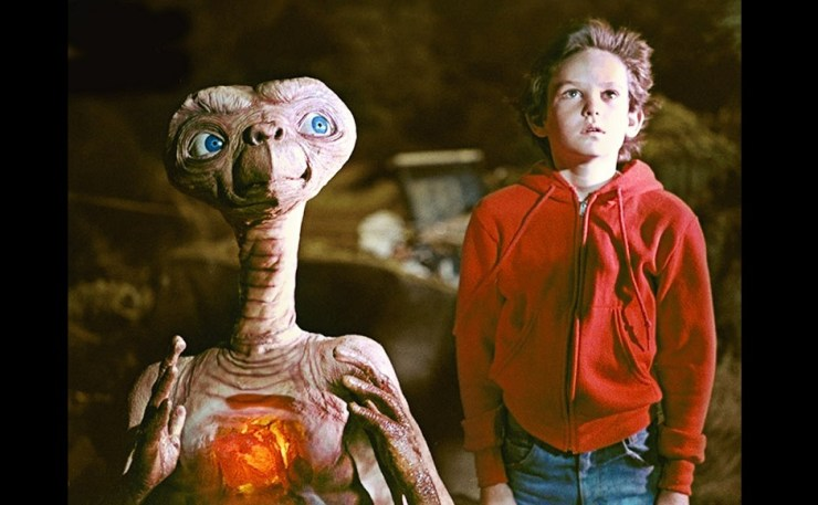 E.T., the super-cute film which inspired our very own Koi Mil Gaya, is also one of our top pics. Image from Twitter/@myzhsgrl