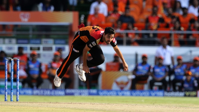 Bhuvneshwar Kumar of Sunrisers Hyderabad bowls during match 38 of the Vivo Indian Premier League Season 12, 2019 between the Sunrisers Hyderabad and the Kolkata Knight Riders held at the Rajiv Gandhi Intl. Cricket Stadium, Hyderabad on the 21st April 2019 Photo by: Vipin Pawar /SPORTZPICS for BCCI