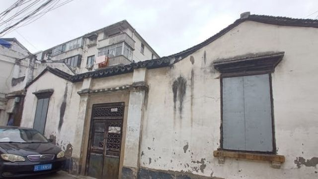 In the Chinese city of Suzhou remnants of old surviving mosques point to the countrys Islamic past