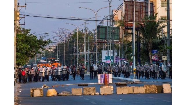 In pictures Myanmars civil disobedience movement turns violent after military open fires on protesters