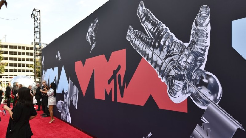 MTV VMAs aims to become first major award ceremony to occur in physical venue since coronavirus outbreak 1