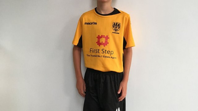 Ben Modelling football kit 2018