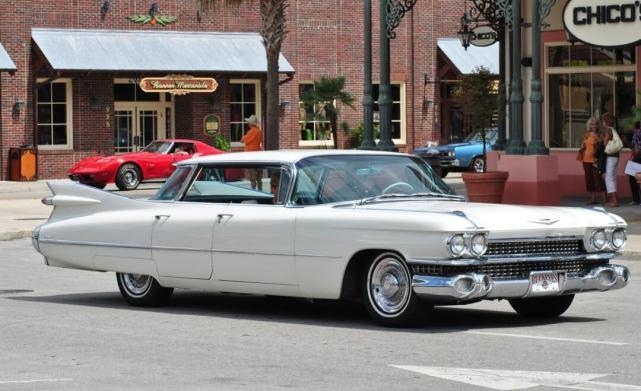 1959-Cadillac-Sedan-de-Ville-The-Villages-Florida