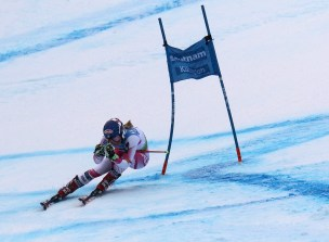 Mikaela Shiffrin (USA) near the end of her second run in the Audi FIS Ski World Cup Giant Slalom at Killington in central Vermont on Saturday, November 26, 2016. Shiffrin, the crowd favorite came in 5th with a combined time of 2:00.50. (FTO photo: Martin Griff)