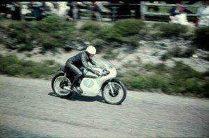 Jim Redman 1961 auf der Isle of Man TT. Foto: RedmanRacing