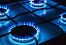 Bonus energia elettrico, gas e idrico: sospensione temporanea