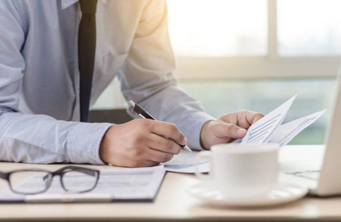 In caso di crediti ereditari e partita IVA cessata va emessa fattura?