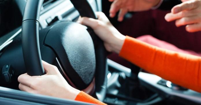 Patente di guida con IVA al 22%, un pasticcio europeo