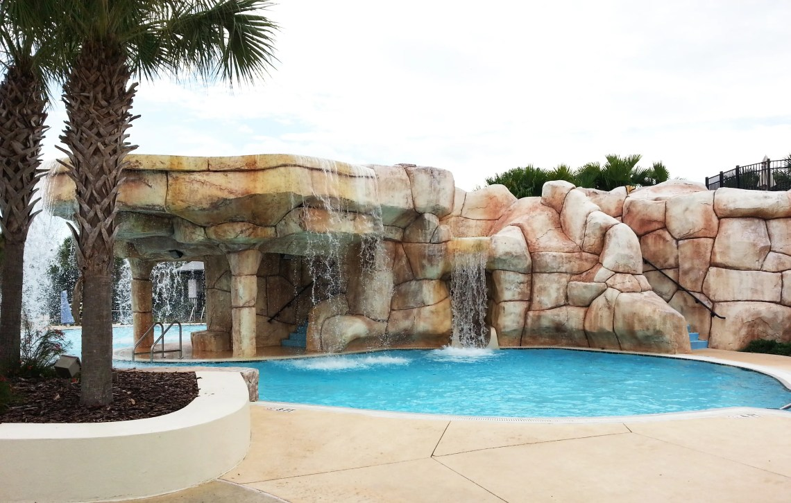 FishHawk Ranch Real Estate - Aquatic Club Pool