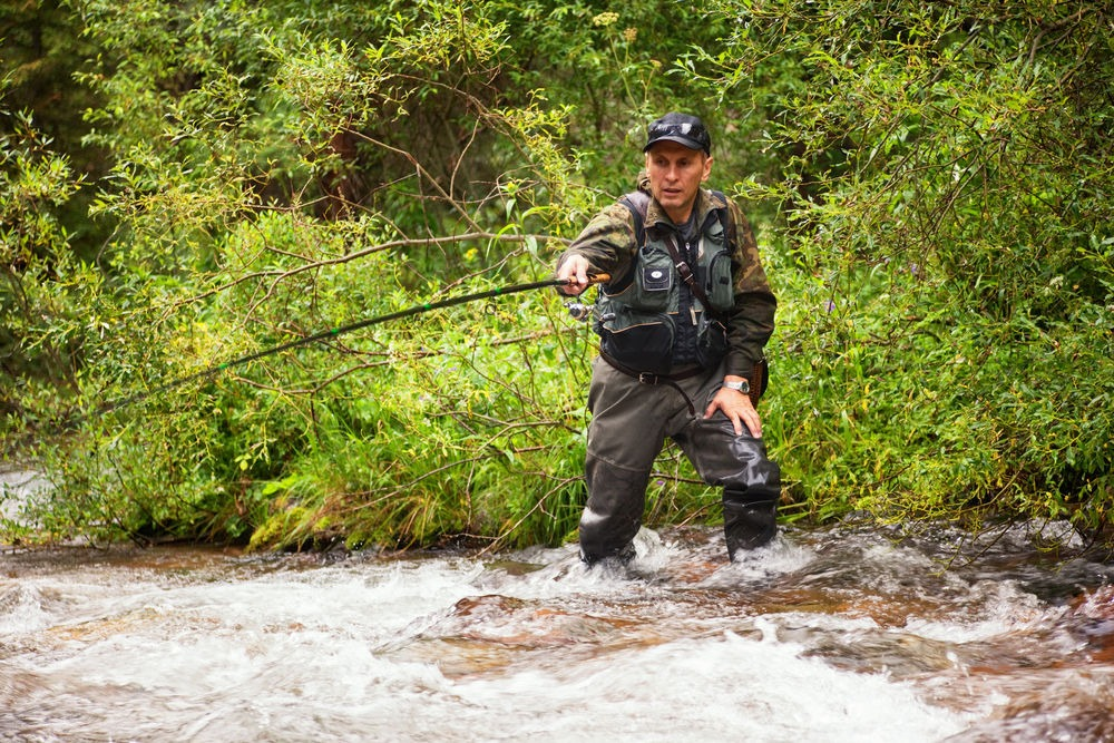 How to Choose the Best Fly Fishing Vests