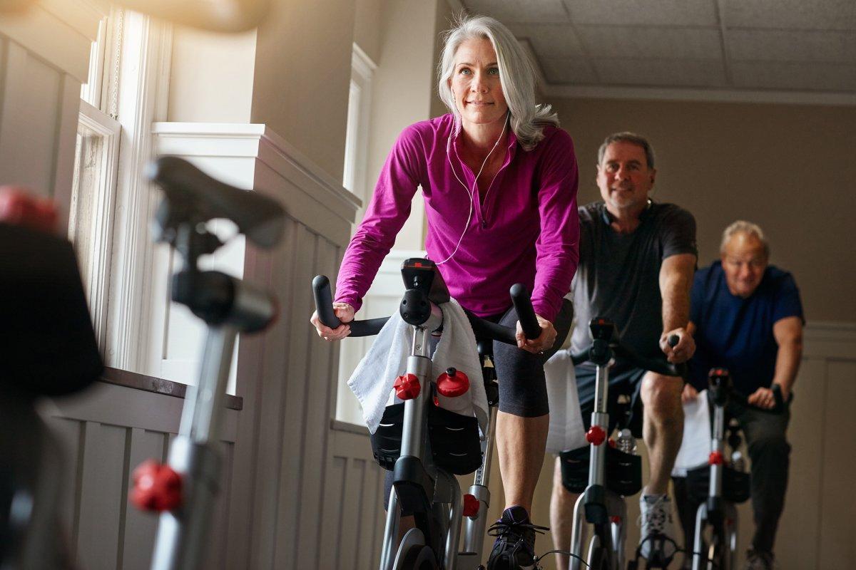 Autogestione dell'artrosi d'anca cinque anni dopo un percorso di trattamento basato su ciclismo ed educazione