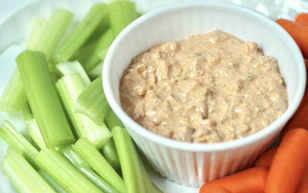 Healthy High Protein Buffalo Chicken Dip
