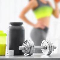 Białko - przed czy po treningu? Posiłki okołotreningowe.
