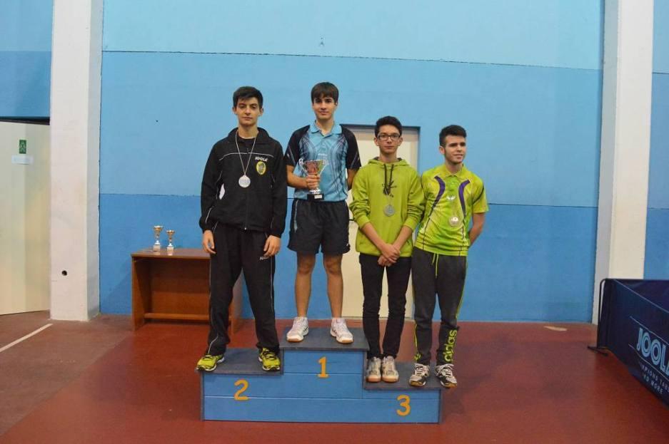 Il podio juniores maschile (Foto Luciano Saiu)