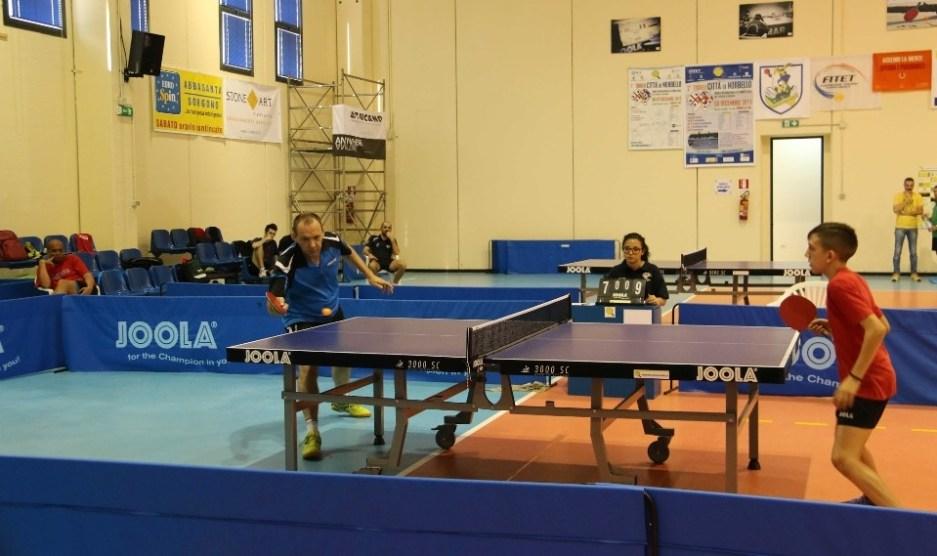 Una recente sfida tra Bruno Pinna e Edoardo Loi (Foto Tennistavolo Norbello)
