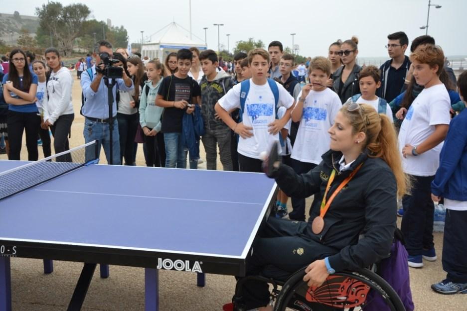 Giada Rossi incanta gli studenti al Lazzaretto di Cagliari