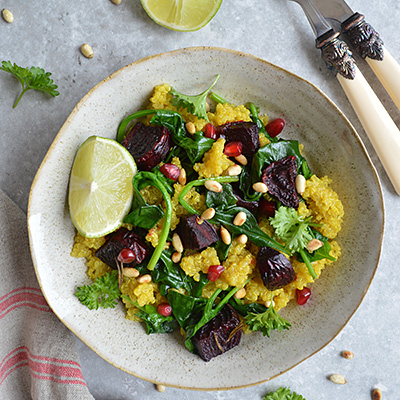 TURMERIC QUINOA WITH ROASTED BEETROOT & SPINACH (GF, VEGAN)