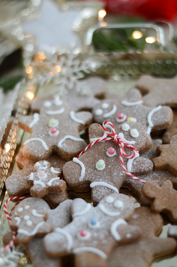 Healthy gluten free, sugar free gingerbread cookies