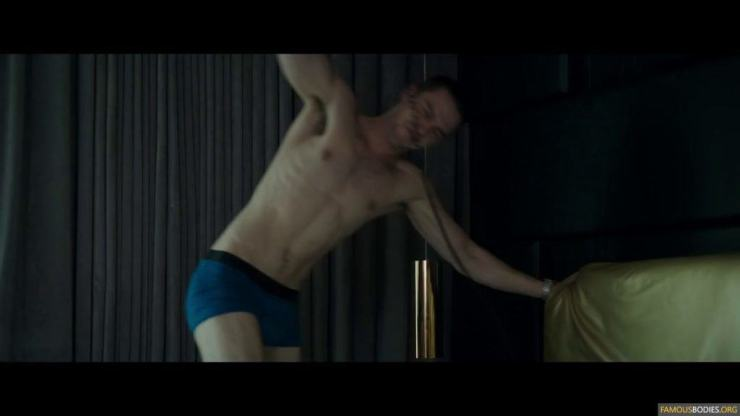nicholas-hoult-shirtless-kyf-005