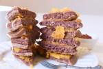 Pancake al cioccolato con composta di mandarino e curcuma