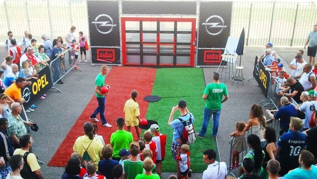 Sutu  Interactive Wall to Rent for Football Games   Fitness Gaming The football wall combines active outdoor games  interactive technologies   and the element of competition to motivate users to stay physically active  and